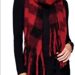 Aberdeen so soft scarf.  Navy red yellow plaid.